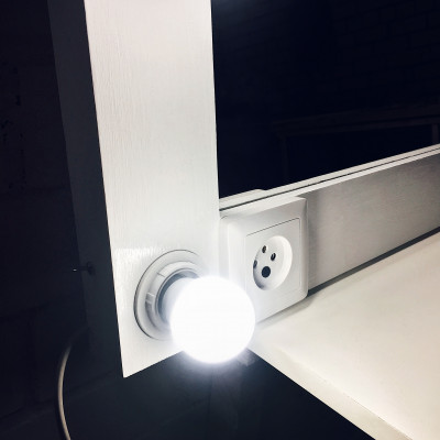 Гримерное зеркало с лампочками JenDi 70х100 см White