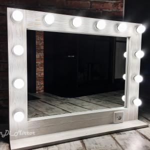 Гримерное зеркало с полкой и розеткой JenDi 70х90 Белый Лофт