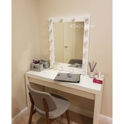 Гримерное зеркало с лампочками JenDi 70x90 White