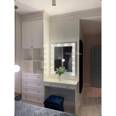 Гримерное зеркало с лампочками  JenDi 80х100 Белое Фактурное