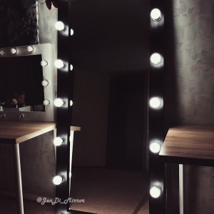 Гримерное зеркало с лампочками JenDi 180х80 Black