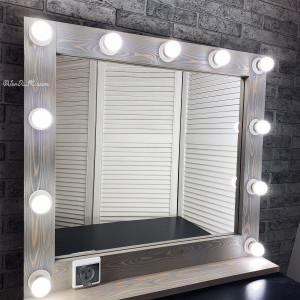 Гримерное зеркало с полкой и розеткой JenDi 80х75 Серо-голубое Лиственница