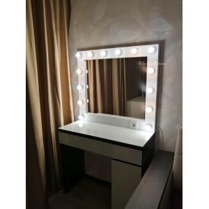 Гримерное зеркало с лампочками и розеткой JenDi 80х90 Белое