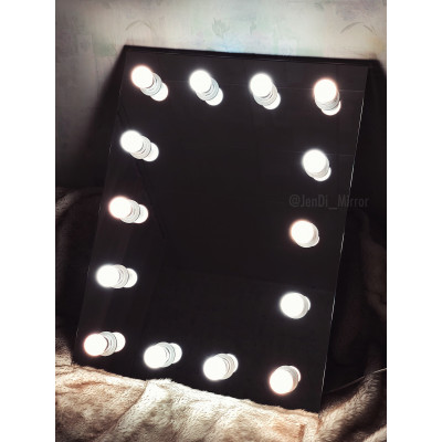 Гримерное зеркало с лампочками  JenDi 60х80 Безрамное