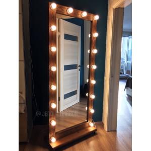 Гримерное зеркало с лампочками на подставке с колесами JenDi 180х80 см Орех
