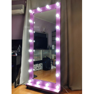Гримерное зеркало с лампочками на подставке с колесами JenDi 180х80 см Сиреневое