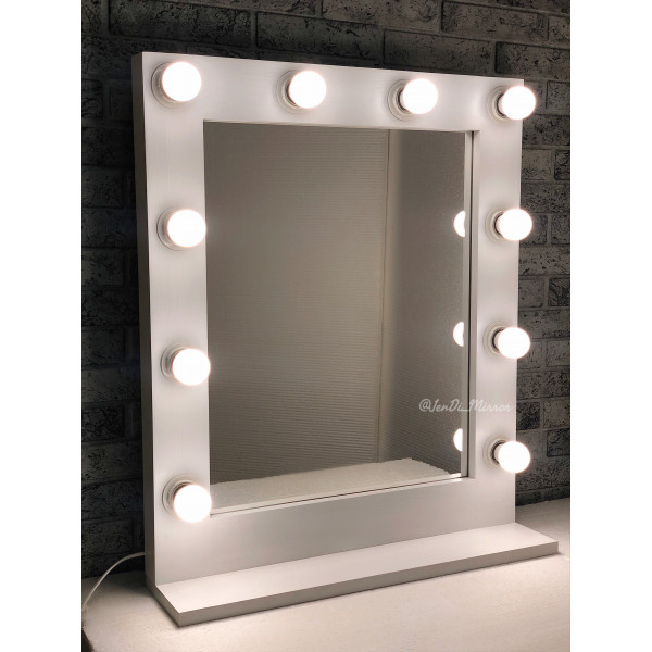 Гримерное зеркало с полкой JenDi 60х70 Белое